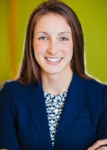 dr stephanie finn of wow dental group